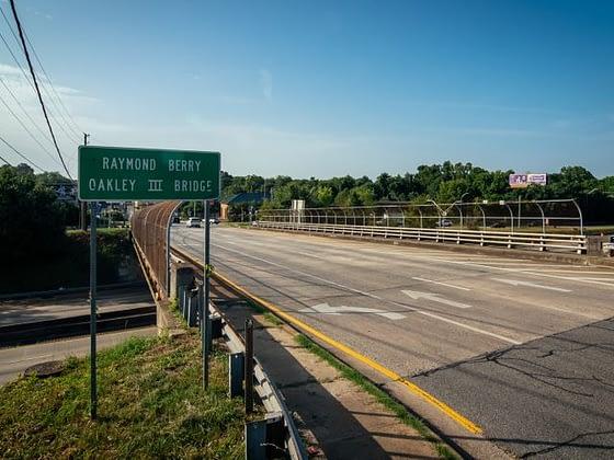 Raymond Berry Oakley III Bridge